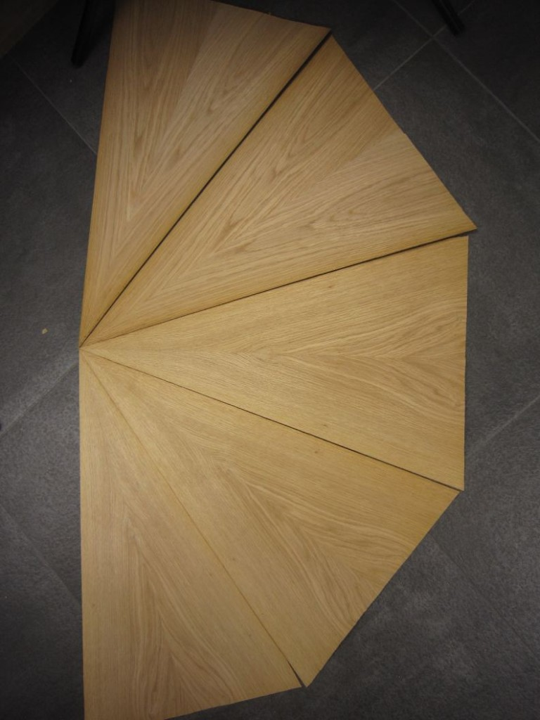 g038-2-gevoegd-eiken-piramide-70x45cm
