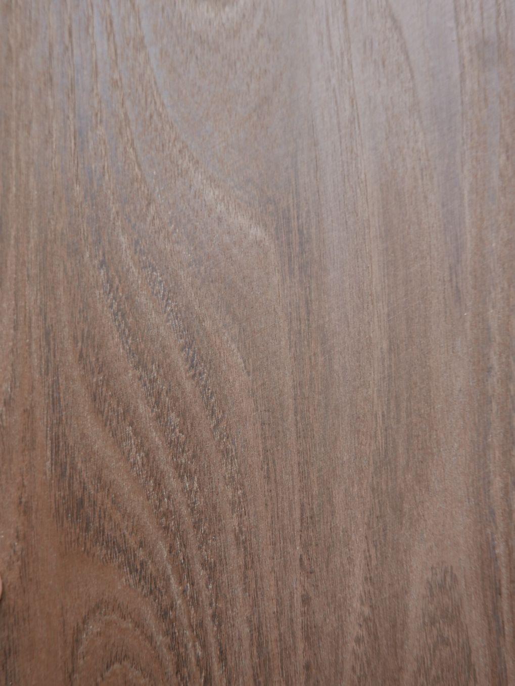 A039-2 Acacia Gerookt 25-26x103cm 9st