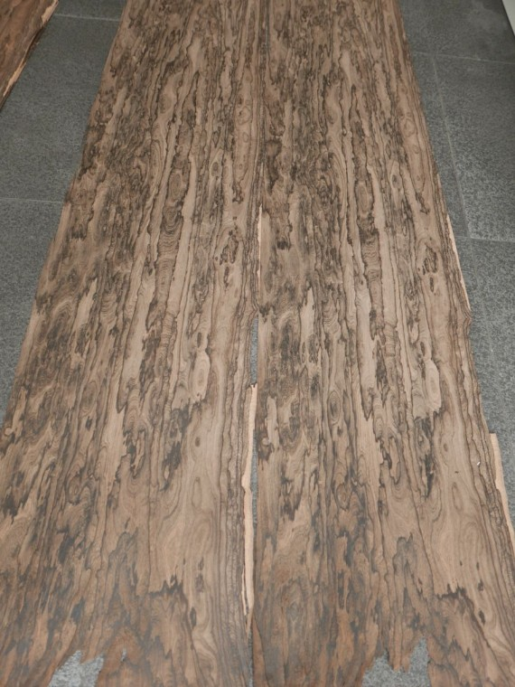 A0148-5 Ziricote 35-36×167-188cm 7st