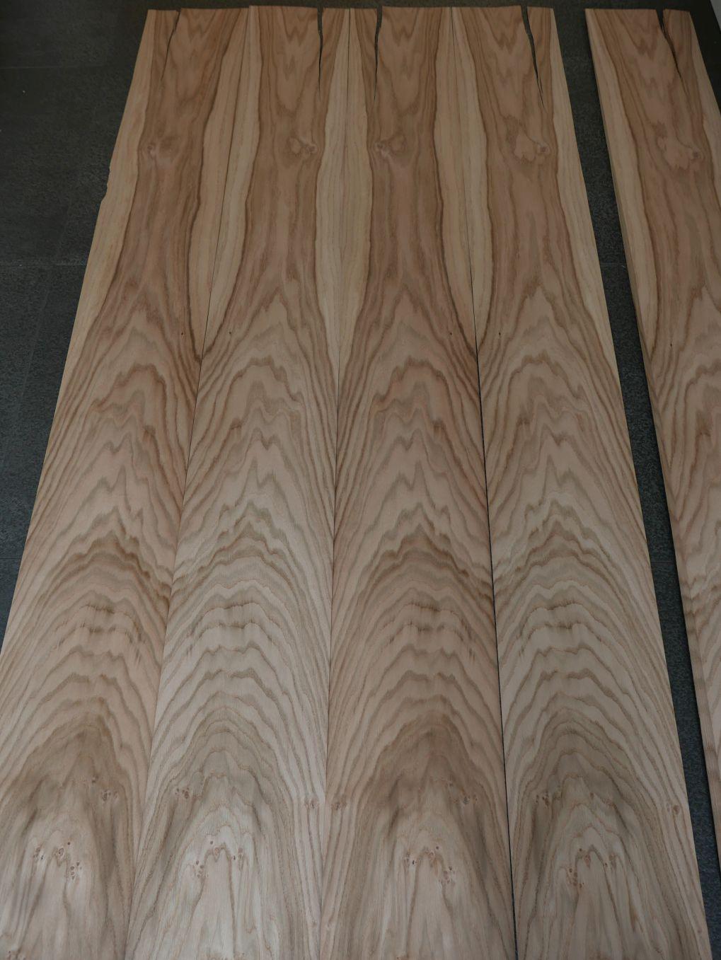 A0177-4 Eiken 24,5-28×155-196cm 30st