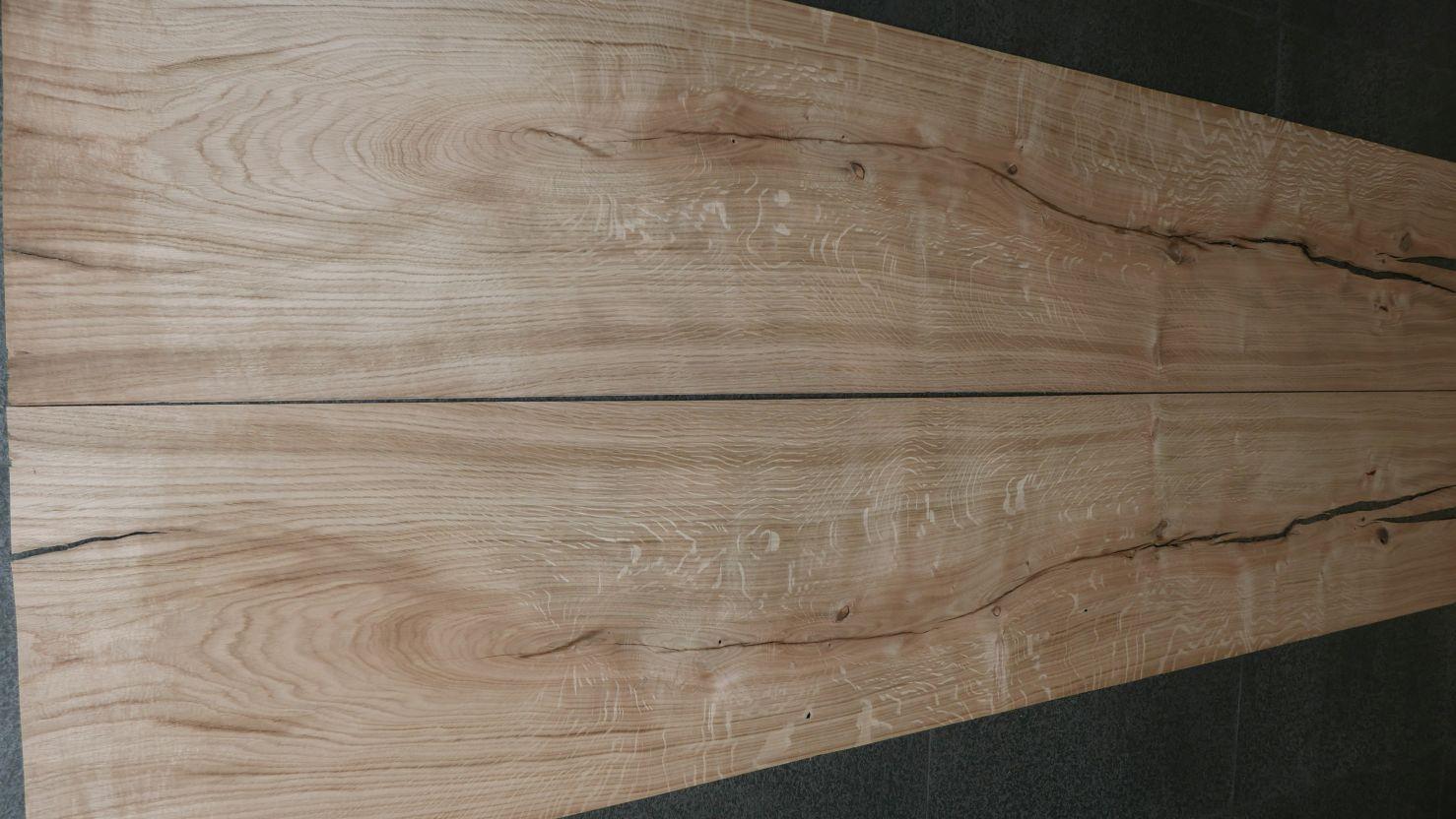 A0192-2 Rustiek Eiken 38-44x218cm 30st
