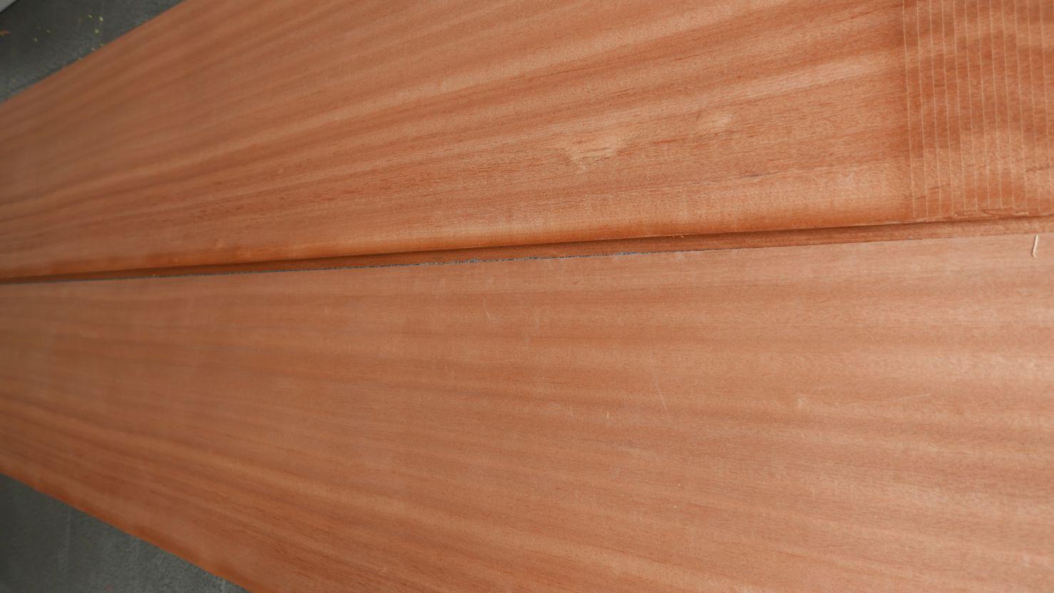 A0255-1 Mahonie Kwartiers 45x345cm 32st